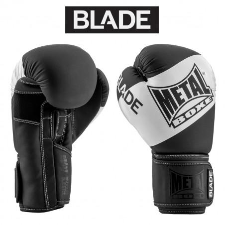 BLADE BLACK IN WHITE...